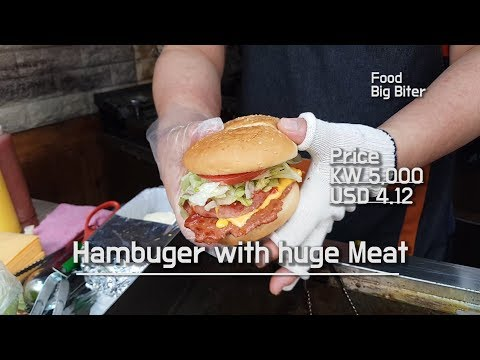 Huge meat whit bacon, cheese Buger ! #street #streetfoodasia #streetfoodkorea