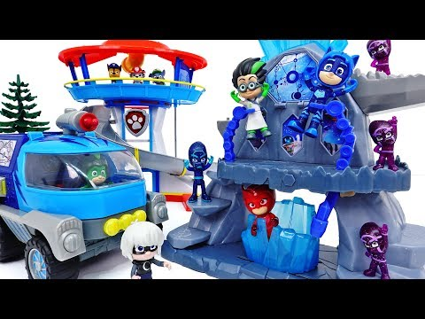 The Battle In The PJ Masks Super Moon Adventure Fortress~! #ToyMartTV