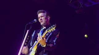 Don't Make Me Dream About You - Chris Isaak at Penn's Peak, Jim Thorpe PA 8/16/18