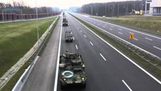 preview picture of video 'Przejazd amerykańskiego wojska autostradą A4 Ruda Śląska 29.03.2015'