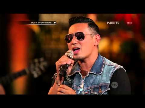 Rio Febrian - Memang Harus Pisah (Live At Music Everywhere) * - MusicEverywhereNet