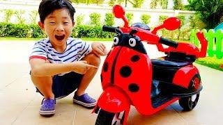 귀여운 무당벌레 오토바이 전동차 예준이의 키즈 바이크 스쿠터 전동 자동차 장난감 조립놀이 Ladybug Kids Power Wheels Bike Toy