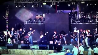 preview picture of video 'Akademia Gitary HARDGOK Michałowo - Gimmie! Gimmie! Gimmie! Abba Dni Michałowa (15.06.13)'