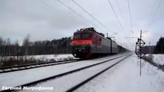 Электровоз ВЛ10У-216 (ТЧЭ-23) с грузовым поездом на перегоне ст. Сандарово - ст. Детково.