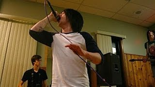 Asking Alexandria - A Candlelit Dinner With Inamorta (Rare Live Video 2008)