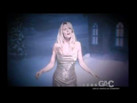 Deana Carter -Once Upon A December Official Music Video Mp3