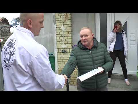 TV BEČEJ: Igor Jurišić poklonio tonu pseće hrane bečejskom azilu