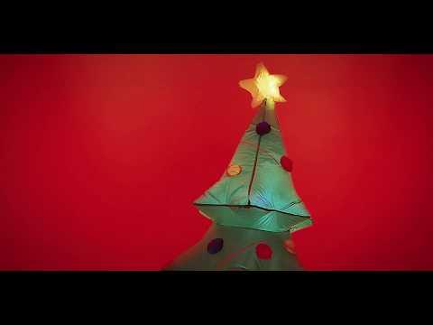 Ω! Christmas Three!