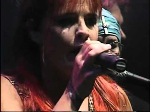 Fabiana Cantilo video Cleopatra la reina del Twist - ND Ateneo 2007