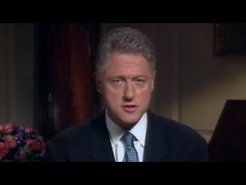 Thumbnail of the video with the image of Bill Clinton. He is alone, addressing the camera.