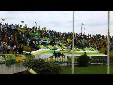 """""""Aldosivi - Patronato 19-11-2011 (01)"""" Barra: La Pesada del Puerto • Club: Aldosivi"""