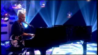 Emeli Sandé   Clown (Live Graham Norton Show)