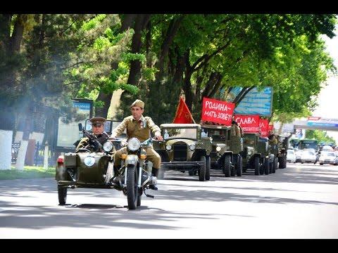 В Ташкенте проходит марш автомобильной колонны к 9 мая