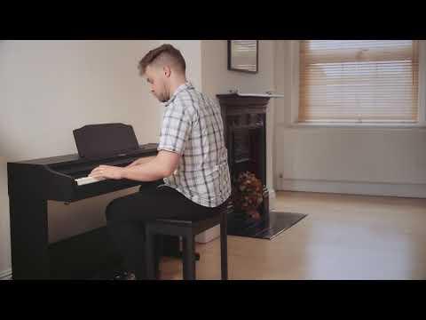 ROLAND RP102 Digitální piano