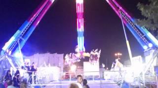 preview picture of video 'Atracción MegaExtrem en las fiestas de Torrejón de Ardoz 2012 ( Madrid ).'