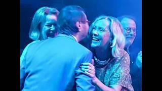 ABBA - Waterloo(Mamma Mia på svenska)