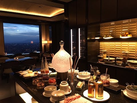 Review: Ritz-Carlton Tokyo Club Lounge, Club Tower Deluxe Room