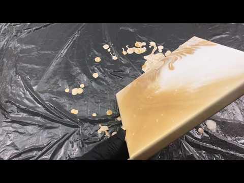Acryl gießen mit 2 Farben - Gold und Weiß