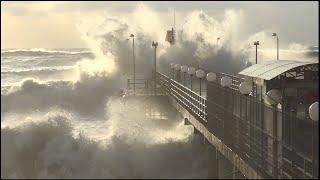 Мощный шторм в СОЧИ  перед Новым  2015 Годом.  ЛОО, захватывающее зрелище