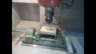 preview picture of video 'CNC 1 - CFGM Mecanització - INS Manolo Hugué - Caldes de Montbui (Barcelona)'