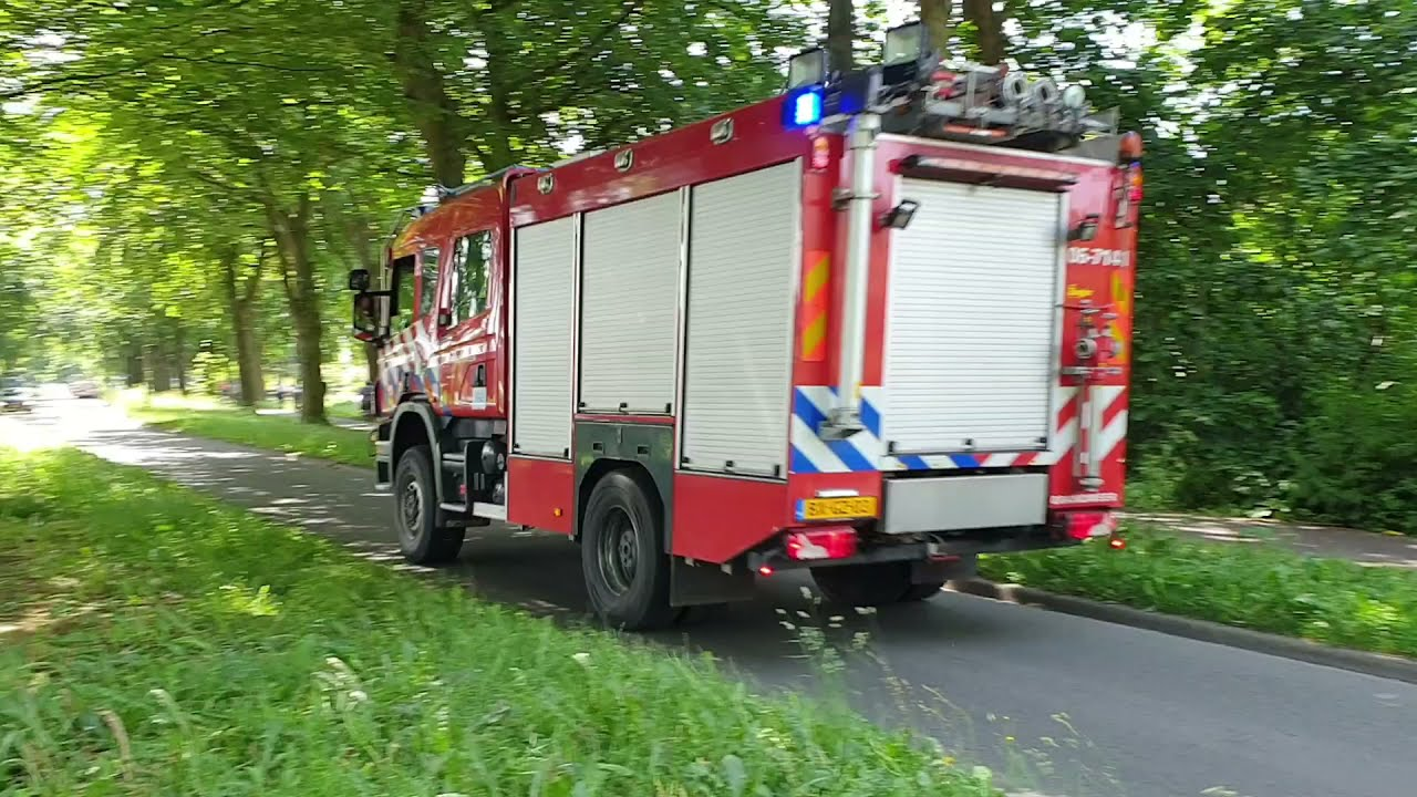 Brandweer Nunspeet P1 onderweg naar zeer grote brand Elspeet met TS + TANKWAGEN GROOT + WTS-500