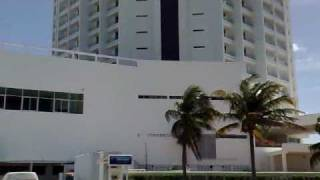 preview picture of video 'Cancún - Punta Cancún - Norte da peninsula'