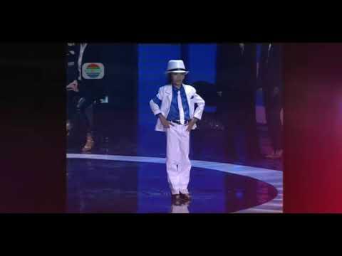Michael Jackson phiên bản nhi