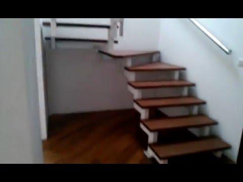 Izdajemo Cetvorosoban Renoviran Stan U Centru Beograda