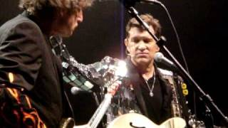 "Chris Isaak ""Notice the Ring"""