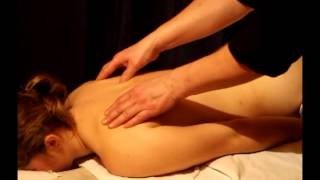 Смотреть онлайн Техника выполнения общего классического массажа спины
