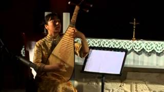 The Virtuose Pipa Player Lingling Yu Plays Ancient Music