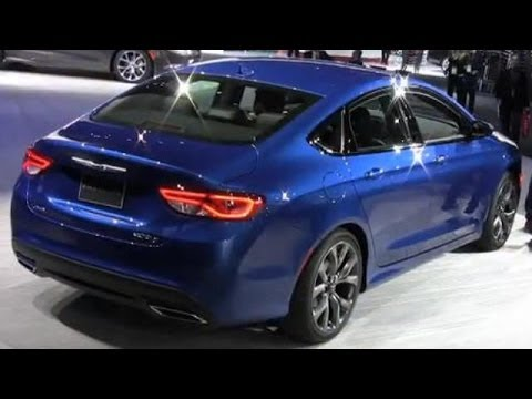 2015 Chrysler 200 Debut at the 2014 Detroit Auto Show