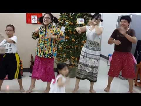 con bướm xinh (dance cover) _ TinhTinh Group - Năm mới gia đình mình vui như này thì tốt haha ♥