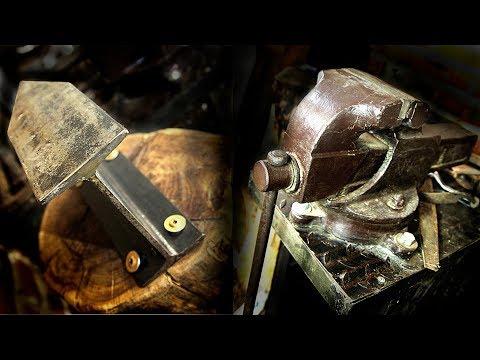 КРУТОЙ стол для слесарных ТИСКОВ. И как сделать  наковальня своими руками ремонт