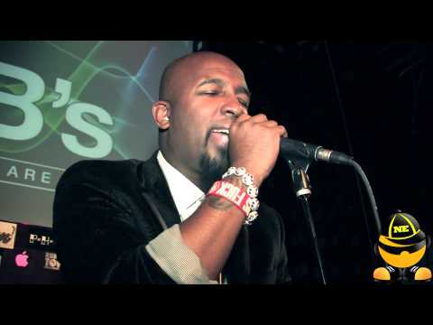 "TECH N9NE Performs ""Fragile"" Live For The 1st Time Mp3"