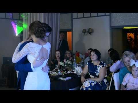 Песня из фильма иван васильевич меняет профессию счастье вдруг