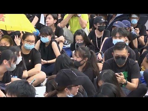 العرب اليوم - شاهد: مقاطعة الدراسة أسلوب جديد لطلاب هونغ كونغ للتظاهر والضغط على الحكومة