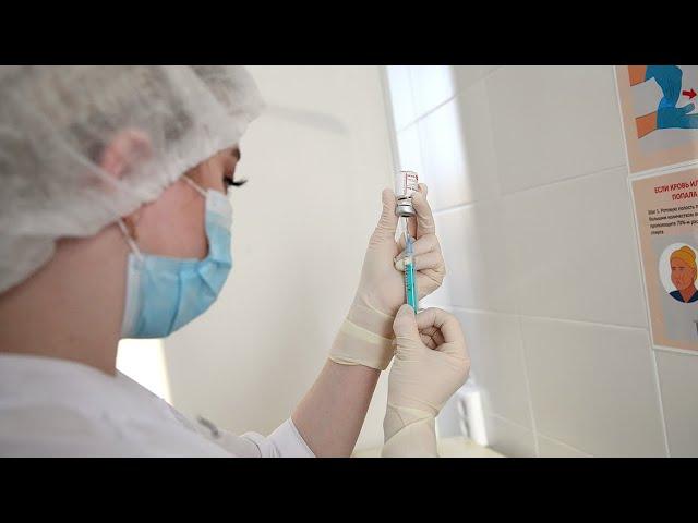 На 18 октября в Казани против коронавируса привиты 424 тысячи человек