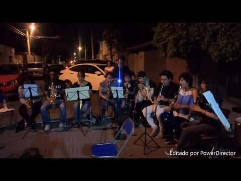 BANDA FILARMONICA TRADICIONAL SERRANA --MARIPOSA EN LA NOCHE--- DANZON