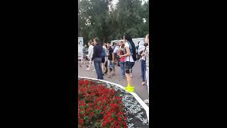 Драка между ВДВшниками и полицейскими в центре Костаная
