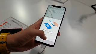 Reverse wireless charging with the Huawei Mate 20 Pro
