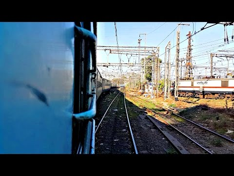 Train Departing Mumbai CST/Bombay VT Train Station | Railway Yards | Deccan Queen Shunting