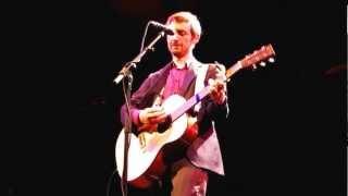 """""""Perfect Love Song"""". Neil Hannon (The Divine Comedy), Gerona, 2 noviembre 2012."""