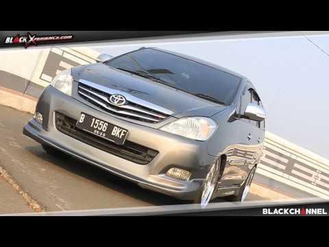 Video Modifikasi Toyota Innova Berkonsep Living Room