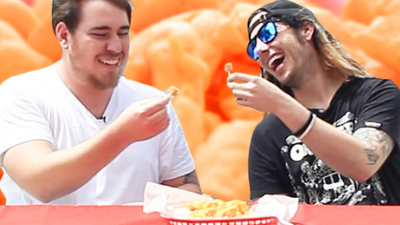 People In Hollywood Try Cheese Curds For The First Time thumbnail