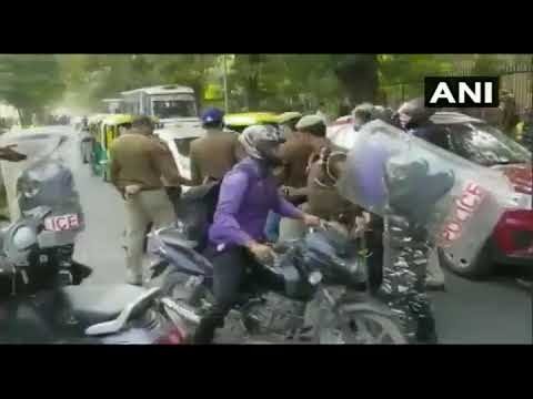 Clash between Jawaharlal Nehru University (JNU) students and police