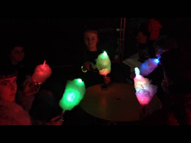 Flashing candy floss party!