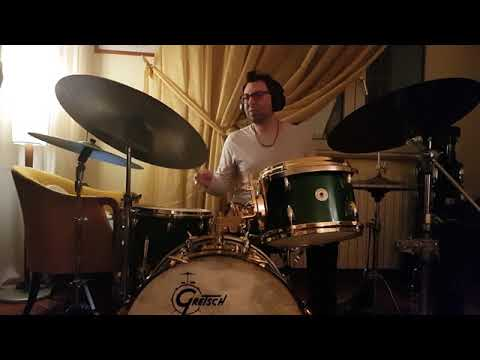 Loud Jazz (John Scofield)  Dennis Chambers : Drums on original recording