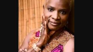 Angelique Kidjo. Move On Up.