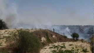 preview picture of video 'Countryside Fire in Polemi, Cyprus - Very Close To Our Home'